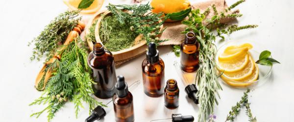 Aromaterapie u porodu – s přírodou na cestě k miminku